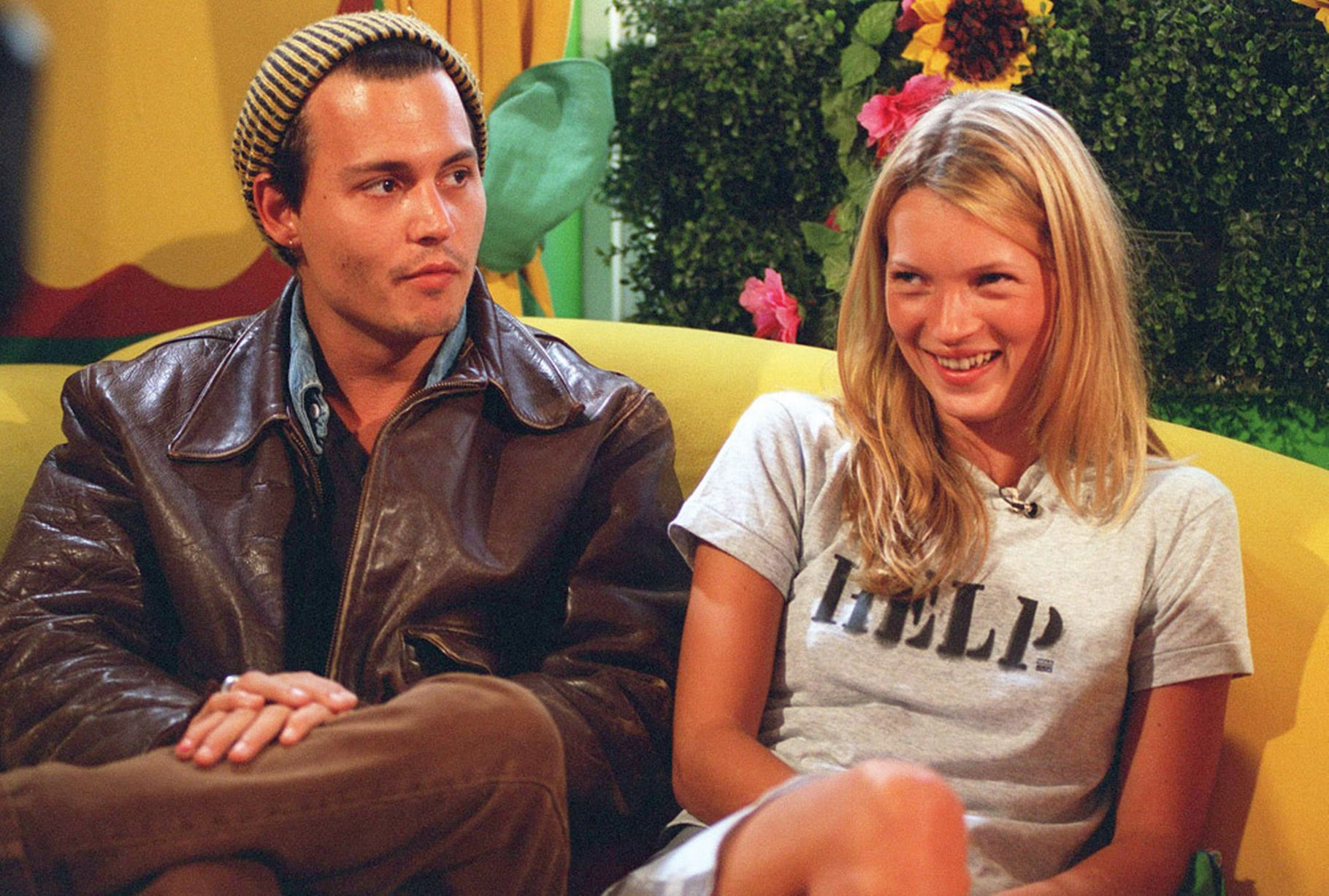 Johnny-Depp-and-Kate-Moss-on-The-Big-Breakfast-Channel-4-TV-in-London-1995