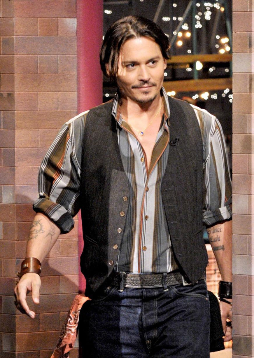 Johnny-Depp-makes-a-guest-appearance-on-the-CBS-Television-Networks-Late-Show-25-06-2009