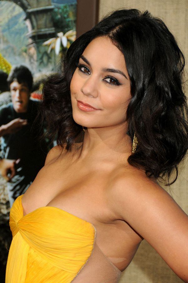 Hollywood-Actress-Vanessa-Hudgens-Exclusives-Hot-Unseen-Picture