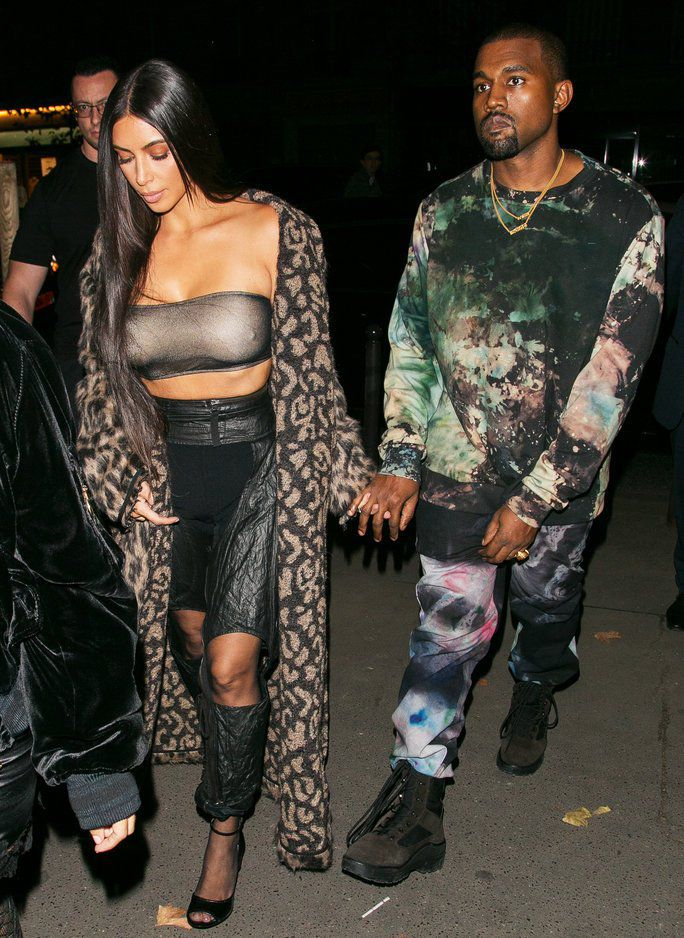 PARIS, FRANCE - SEPTEMBER 29: Kim Kardashian West and Kanye West arrive to attend the 'Off White' fashion show as part of the Paris Fashion Week on September 29, 2016 in Paris, France. (Photo by Marc Piasecki/GC Images)