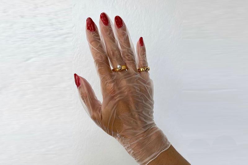 yikadikca kuruyan ve catlayan eller